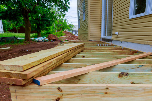7 Major Benefits of Having Professional Deck Builders Assist You -  scholarlyoa.com